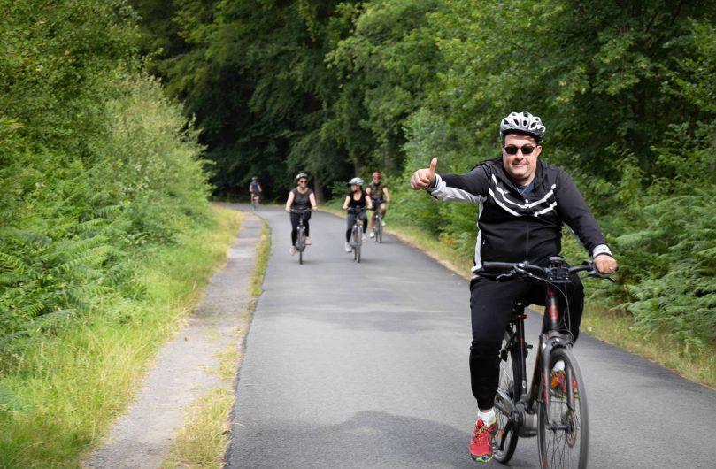 Balade entre amis en vélo en forêt ©Karen Saint-Patrice